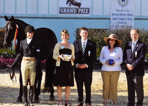 Laura Ware and Parker Reserve Champion Large Junior Hunters 16-17 2008 Devon Horse Show Photo Randi Muster
