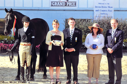 Laura Ware and Parker Reserve Champion Large Jr 16-17 2008 Devon Horse Show Photo Randi Muster