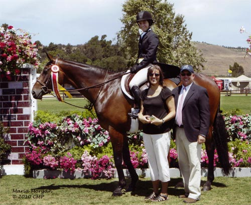 After Five owned by Stephanie Danhakl Reserve Champion Large Junior 16-17 2010 Junior Hunter Finals Photo Captured Moment