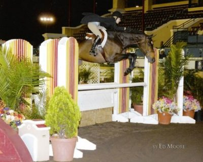 Lucy Davis and Harmony 2007 Del Mar National $25,000 Hunter Classic Photo Ed Moore