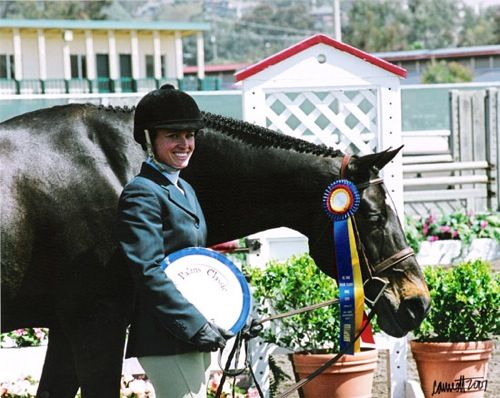 Teddi Jo Mellencamp and Carson owned by Janie Andrew Winner Regular Working Hunters 2007 Palms Classic Horse Show Photo Cathrin Cammett