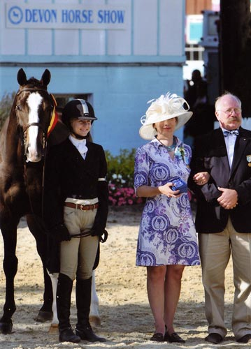 Lucy Davis and Clockwork owned by Old Oak Farm Reserve Champion Small Junior Hunters 16-17 2008 Devon Horse Show Photo Randi Muster