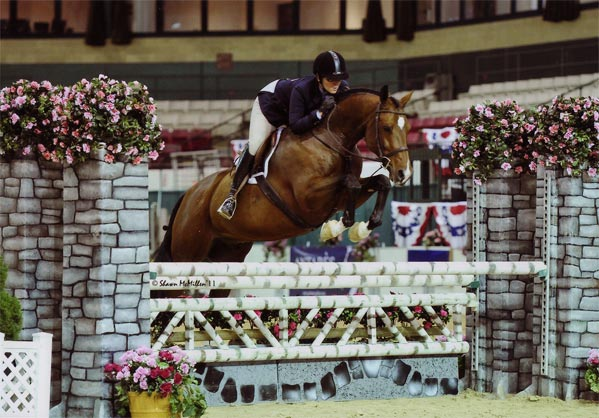 Gina Ross and Beckham Amateur Owner Hunter 36 & Over 2011 Capital Challenge Photo Shawn McMillen