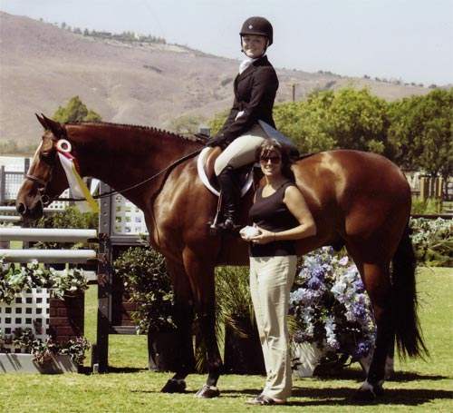Overseas owned by Laura Wasserman Reserve Champion Large Junior 16-17 2009 Junior Hunter Finals Photo Captured Moment