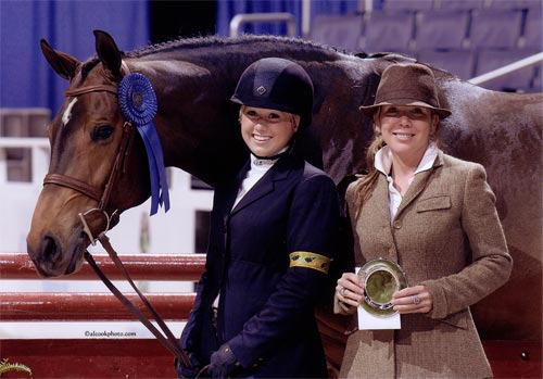 Ashley Pryde and Truly Winner Large Junior Hunters 16-17 2010 Washington International Photo Al Cook