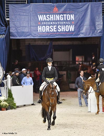 Katherine Dash and Boss owned by Laura Wasserman 2017 Washington International Photo Shawn McMillen