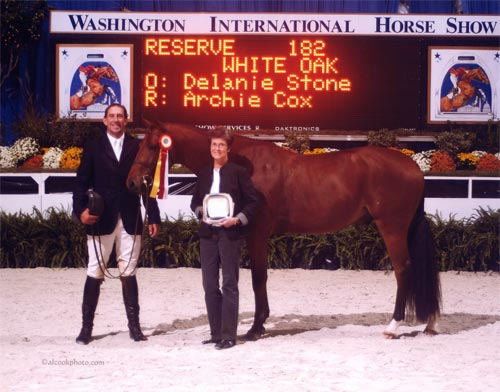 Archie Cox and White Oak Owned by Delanie Stone Reserve Champion Regular Conformation Hunters 2007 Washington International Photo Al Cook