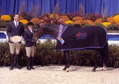 Leslie Steele and Smitten owned by Stephanie Danhakl Grand Hunter Champion 2008 Washington International Photo Al Cook