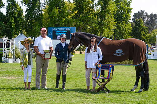 Jamie Taylor and Lindsay Maxwells Technicolor Champion 2nd Year Green Hunter 2017 Menlo