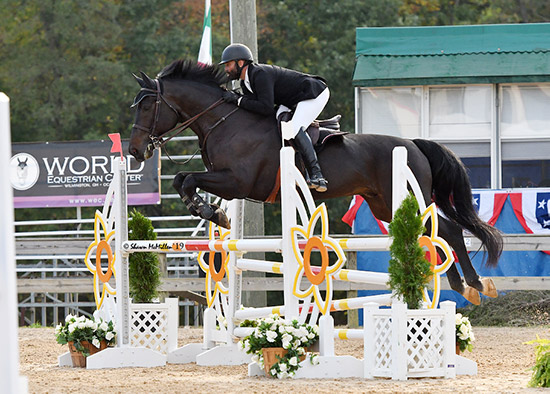 Jorge Hidalgo Duran and Charlie Boy 2019 Capital Challenge Adult Jumper Photo by Shawn McMillen