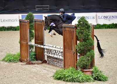 Violet Lindemann Barnett and Spectacular Large Junior Hunter 16-17 2019 National Horse Show Photo by Shawn McMillen