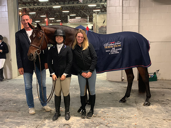Stella Wasserman and Boss 2018–2019 Pennsylvania National Small junior Hunter Champion 15 and Under