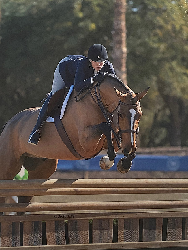 Karli Postel and Laura Wasserman's Highseas Green 3'6 2020 Desert Circuit Photo by ESI