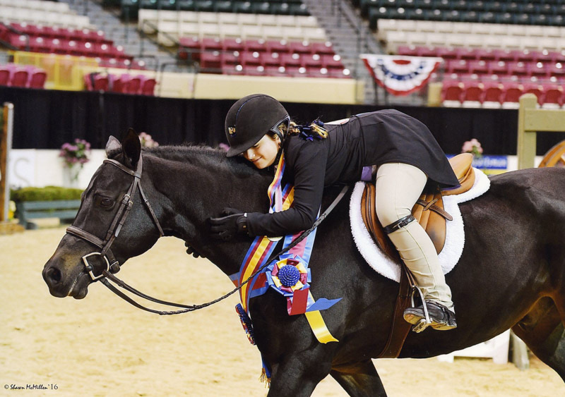 Stella Wasserman and Trillville Medium Pony Hunter 2016 Capital Challenge Photo by Shawn McMillen