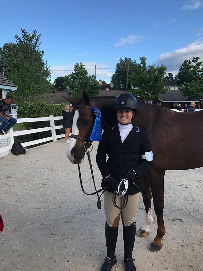 Stella Wasserman and Benetton Large Pony Hunter 2017 Devon
