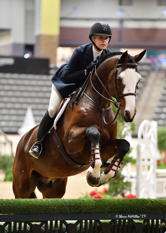 Jaime Krupnick and Conux THIS Adult Medal Finals 2019 National Horse Show Photo by Shawn McMillen